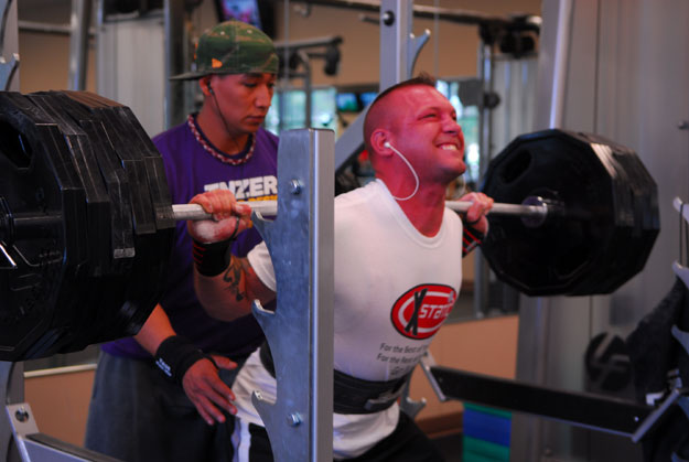 A member of the Vandenberg 30th Security Forces Squadron at a weightlifting competition at Venice Beach (courtesy Vandenberg AFB Office of Public Relations)